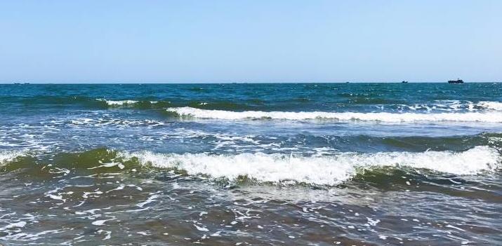 【首开·提香湾】位于葫芦岛市打渔山园区,三面临海独享一湾